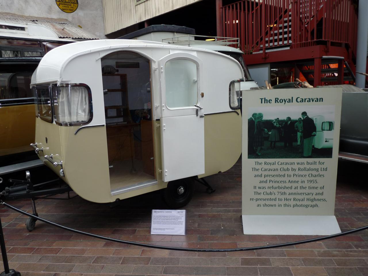 Motor museum Beaulieu, Caravane Royale