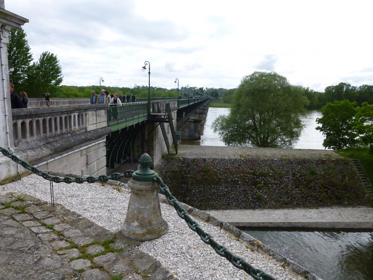 St Benoit-sur-Loire Pentecôte 2013 075